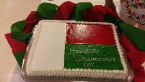 Zo života na lodi - Torta k dňu nezávislosti Madagaskaru