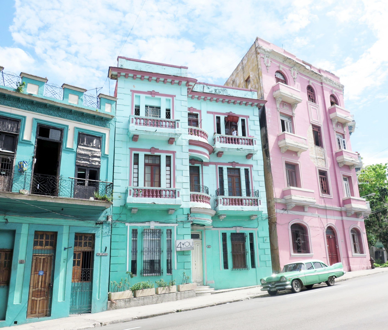 Havana_-_Uni_District_(12)