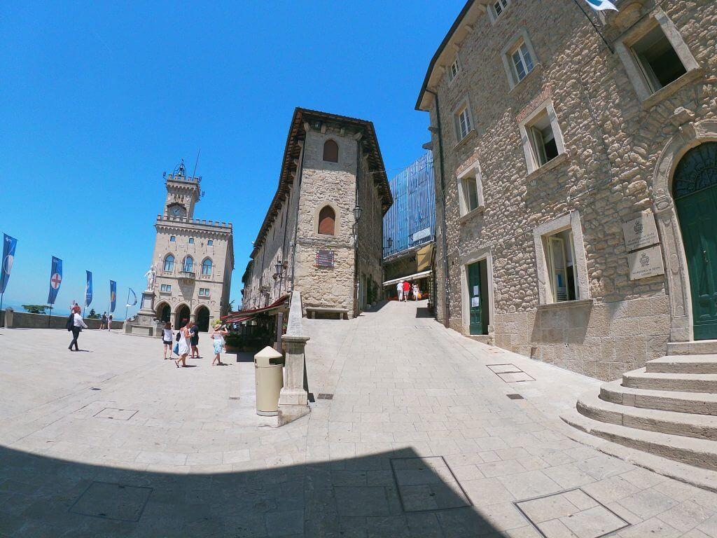 Palazzo Pubblico na námestí - čo vidieť v San Maríne