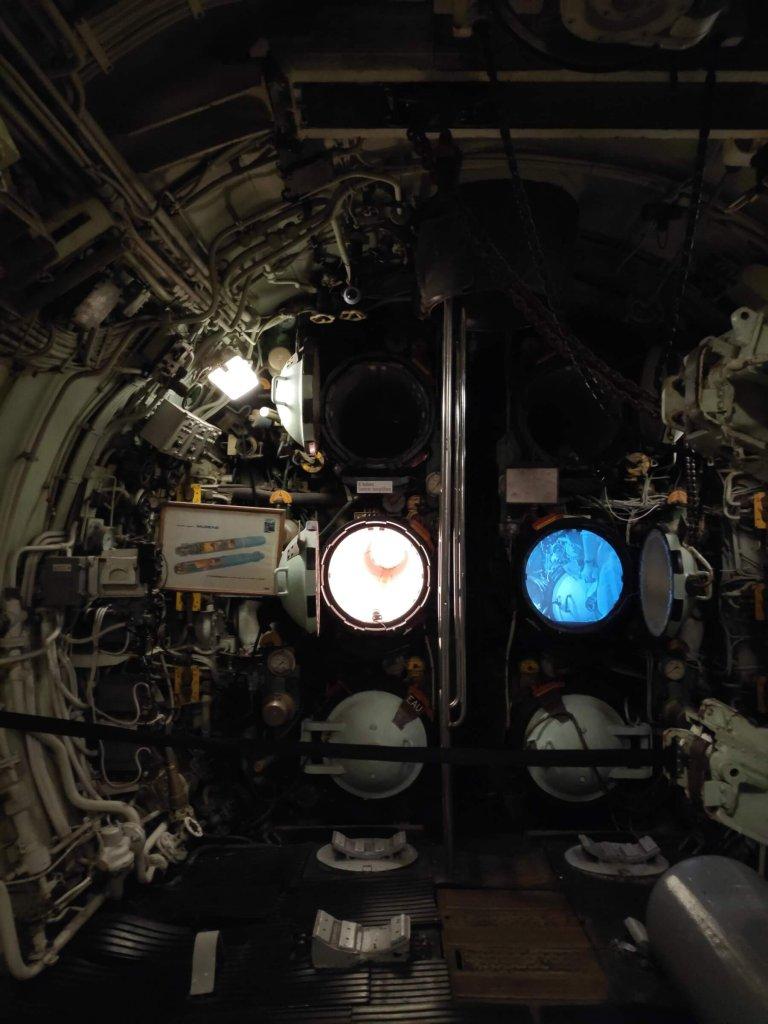 Ponorka L'Espadon, z vnútra