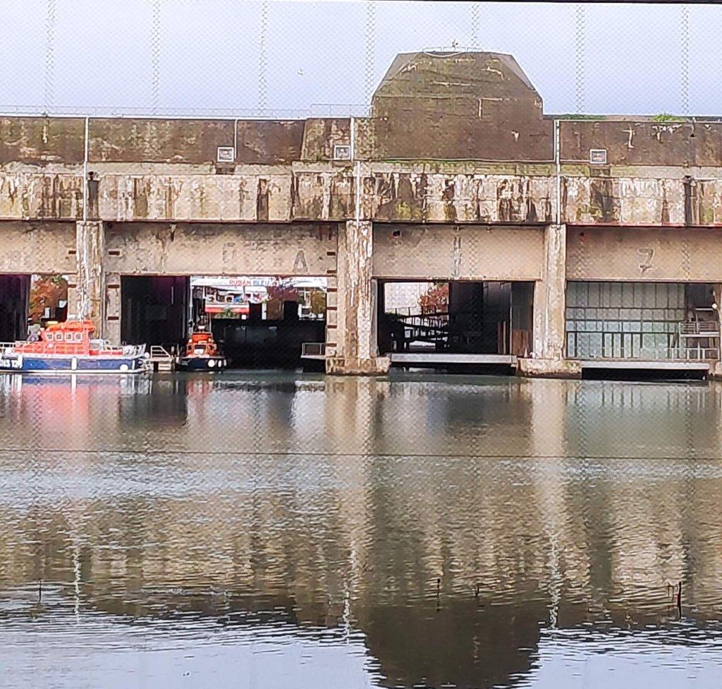 bývalá ponorková základňa v Saint-Nazaire